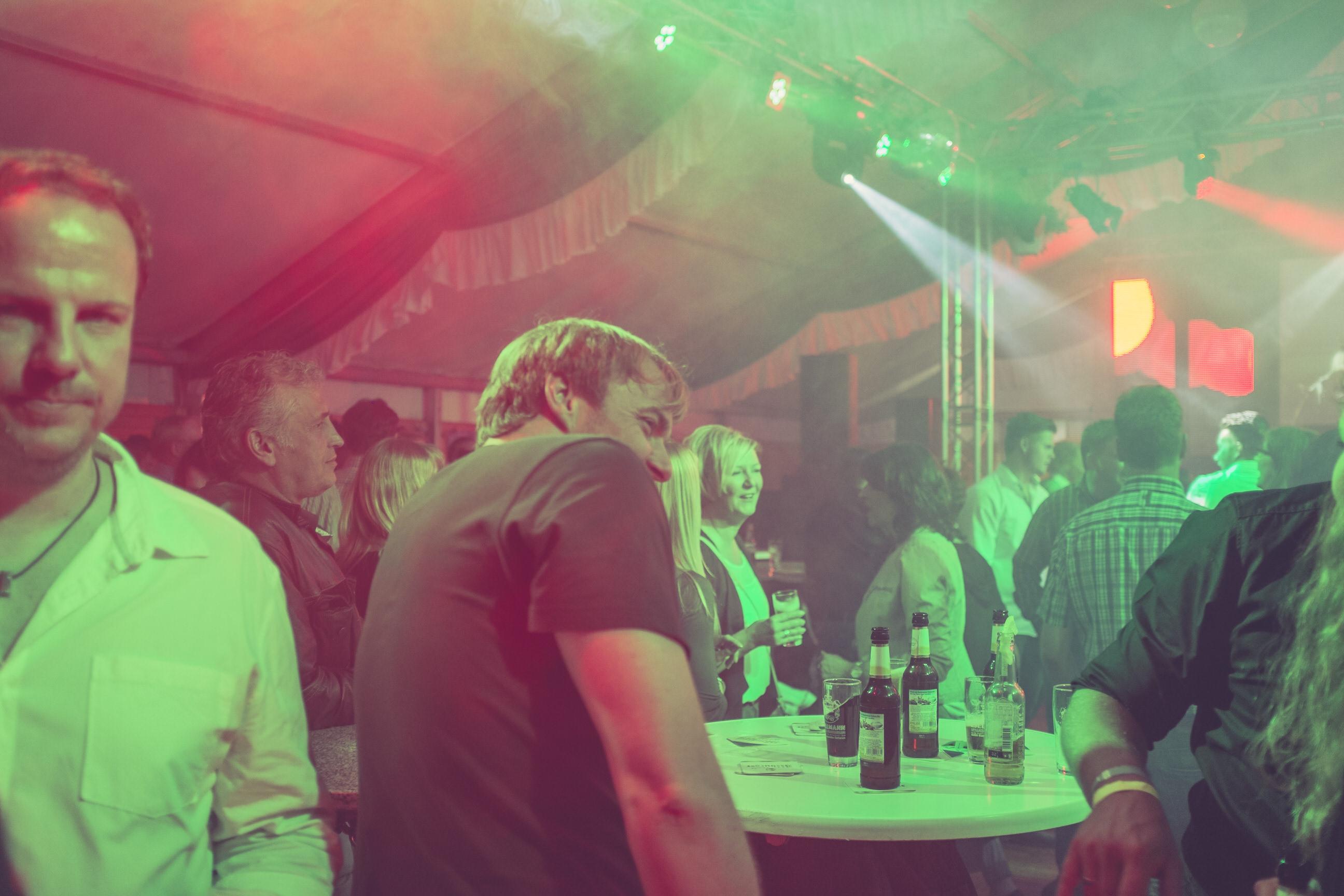 Und plötzlich war ich Partyfotograf