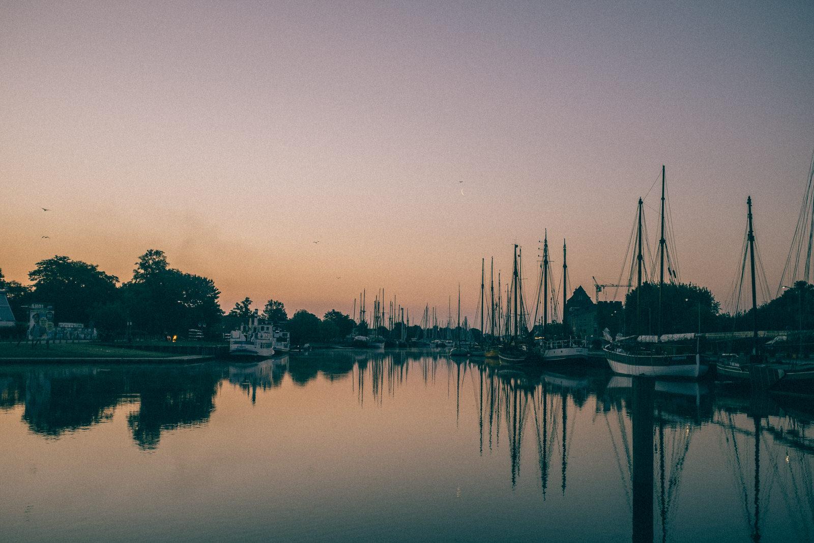 Morgens um 4... am Hafen
